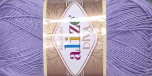 Siidja pinnaga akrüüllõng Diva Silk Effect; Värv 158 (Hele lavendlililla), Alize