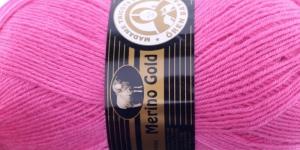 Villasisaldusega lõng Merino Gold, Madame Tricote, värv nr. 42, erkroosa