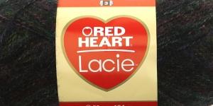 Siidjalt pehme akrüüllõng Lacie, Red Heart, värv nr. 7, must