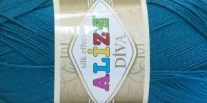 Siidja pinnaga akrüüllõng Diva Silk Effect; Värv 646 (Tumedam akvamariinsinine), Alize
