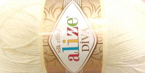 Siidja pinnaga akrüüllõng Diva Silk Effect; Värv 62 (Kreemjasvalge), Alize