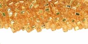 CU3-D-22 Kuldsed, hõbetatud sisuga helmed Cube TOHO, suurus: 3mm, värv: 22