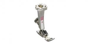 Tõmbluku ja paspuaalkandi tald #4 Bernina õmblusmasinatele õmbluslaiusega max 5,5-9 mm