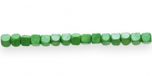 IM50 6x6mm Roheline kuubikukujuline puithelmes
