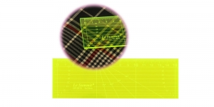 Neon Yellow Clear View (Pachwork) Ruler 5 cm x 15 cm, Le Summit QR-0515F