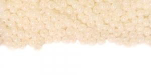 Nr.8, Kreemjasvalged, läbipaistmatud, AB- kattega terahelmed, HK34