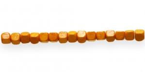 IM50 6x6mm Oranž kuubikukujuline puithelmes