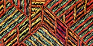 Kollase-punase-rohelisekirju mustriga trikookangas 150cm, 007522-006