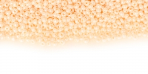 HC54 Tšehhi Preciosa terahelmed, Nr.11 (2-2.2mm), Kreemjasvalged läbipaistmatud kõrgläikega terahelmed
